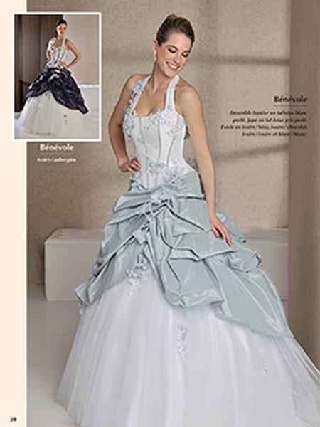 Mode de belles robes: Robe de mariee grise et blanche