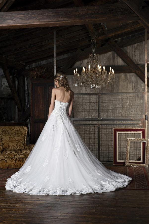 CELY, Robe de mariée vue de dos
